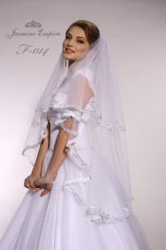 Accessory F-14 for the bride Foto