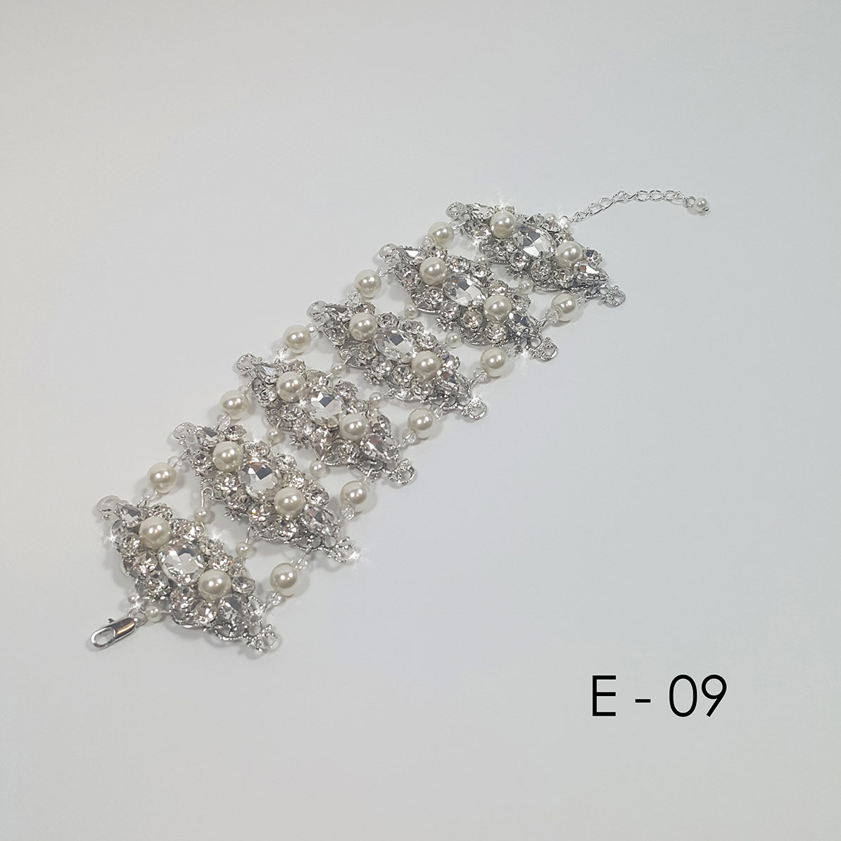Accessory E 09 for the bride Foto 2